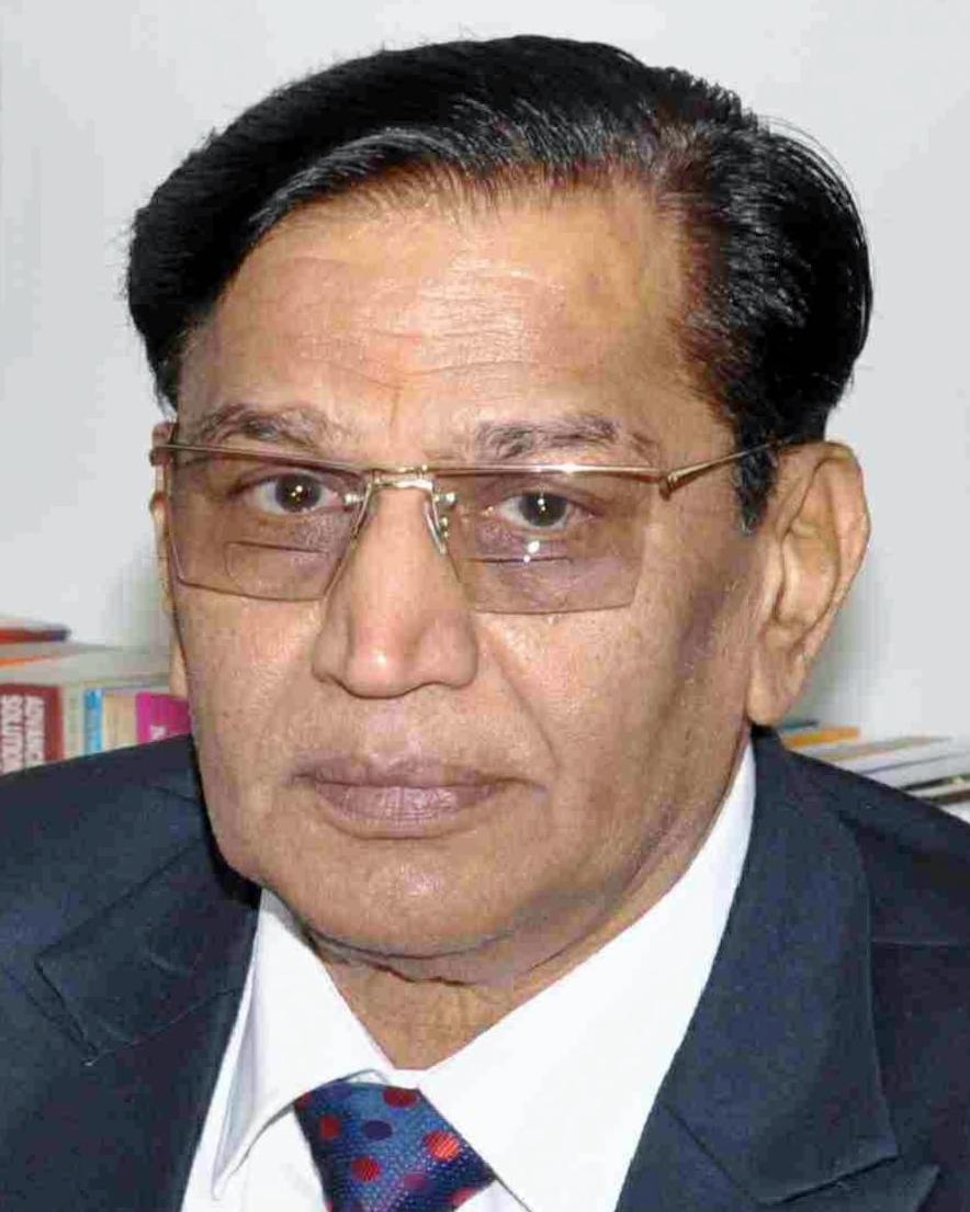 Dr S N Maheshwari